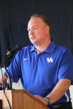 Mark Stoops speaks at the Governor's Cup Luncheon. (Photo by Jon Hale)
