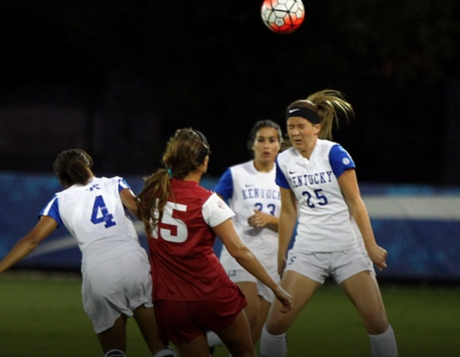 Kentucky, Tennessee fight to draw; UK men move to top of C ...