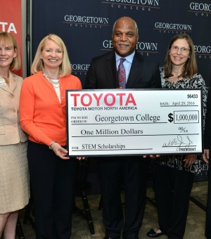 Dr. Rosemary Allen, Georgetown College Provost, Academic Dean; Dr. Granetta Blevins, Chair, Board of Trustees; Wil James, President, TMMK; Mrs. Carolyn Green and Dr. M. Dwaine Greene, President of Georgetown College.(Photo by Paul Atkinson)
