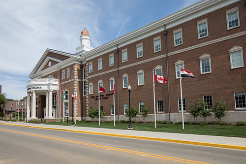 alvaton senior personals Wku campus newspaper reporting campus, athletic and bowling green, kentucky news regular features include: hilltopics looking backward the chapel hour alumni flashes weddings – engagements.
