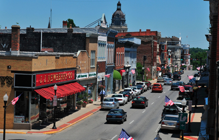 Ten area business have joined to for a new antiques and gallery district in downtown Paris, Ky. (Photo by Bibby Shiflet.)