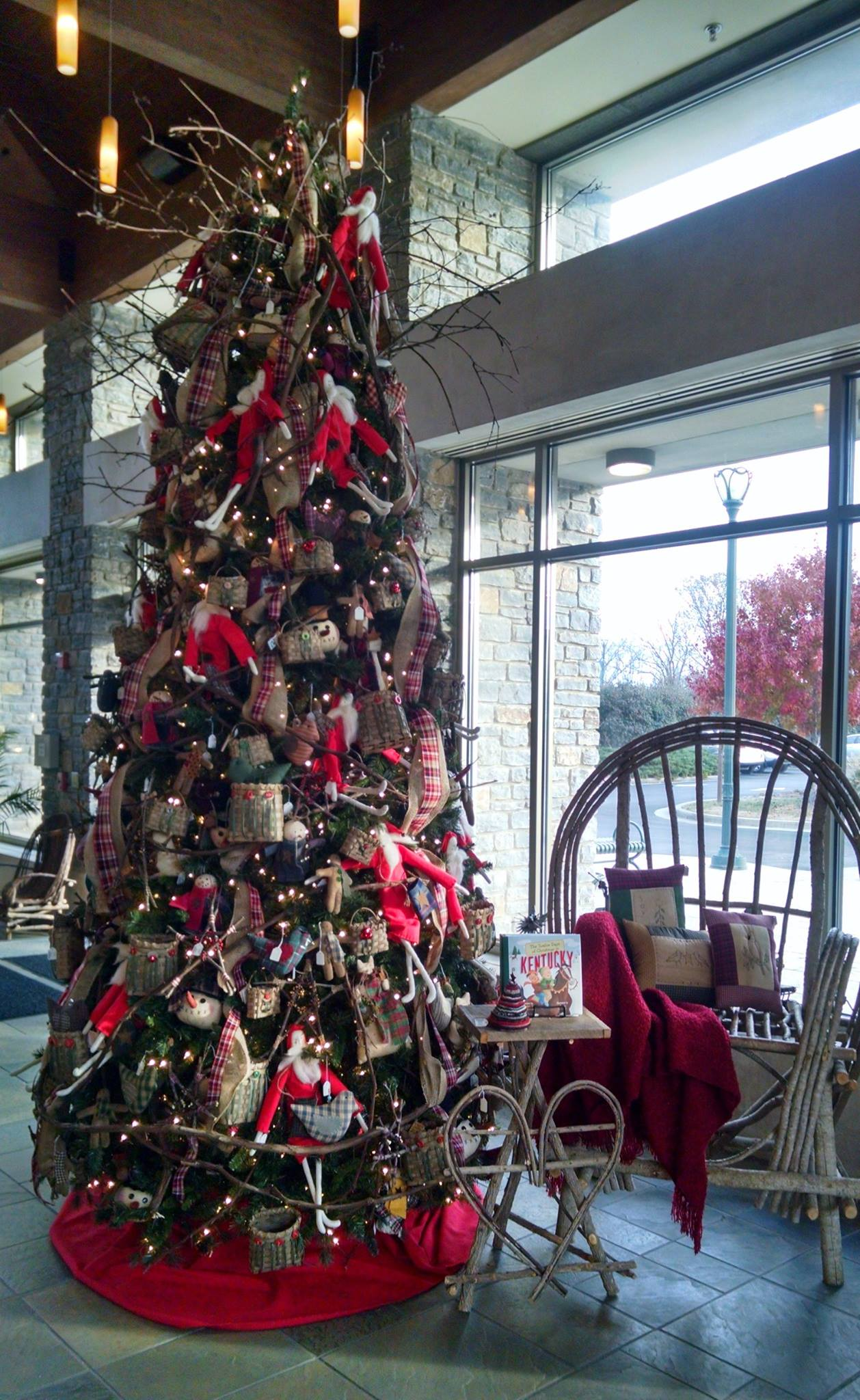 Include in your holiday plans: KY Artisan Center\'s musical ...