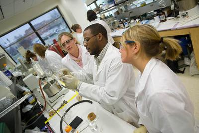 UK Ag Biotech Day provides high school students opportunity